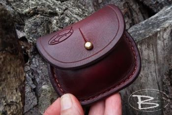 Vintage limited edition mini belt pouch in mahogany by beaver bushcraft
