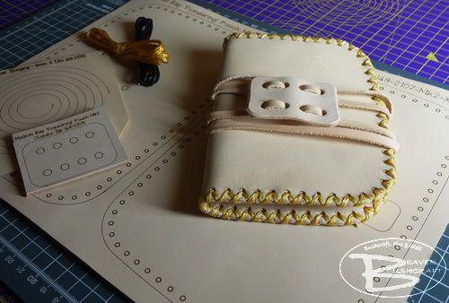 MAKE YOUR OWN (18+) - Mora Heavy Duty Companion Leather Sheath Kit + HD Kni