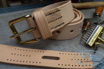Leather make your own belt kit by beaver bushcraft