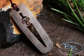 Fire steel pendant sample e made by beaver bushcraft