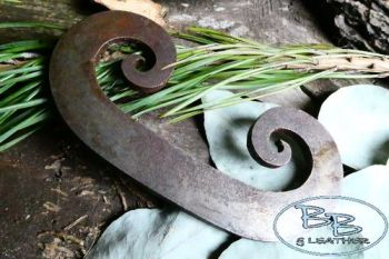 Fire steel large classic curly C striker by beaver bushcraft