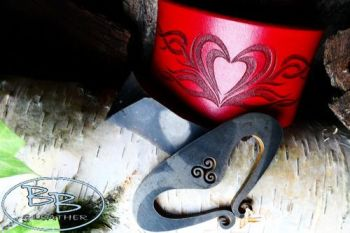 Vintage limited edition cuff with heart fire steel by beaver bushcraft