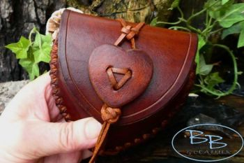 Fire & Leather heart shaped leather pouch hand-made by beaver bushcraft