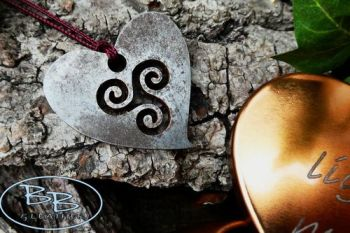 Fire tinderbox heart shaped pendant for limited edition beaver bushcraft