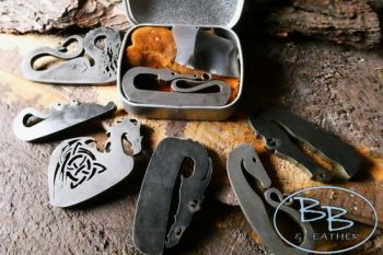 Beaver Bushcraft  'Mini' Pocket Sized Traditional 'Flint & Steel' Tinderbox with Mini Fire Steel (85-3040)