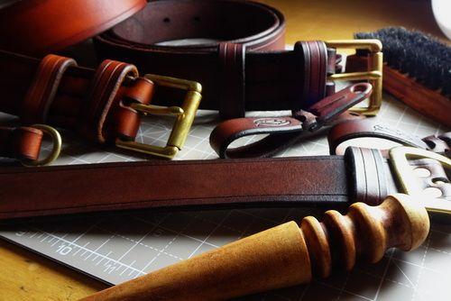 Leather hand made bespoke belts by beaver bushcraft