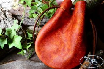 Leather old dragon skin tinder pouch by beaver bushcraft