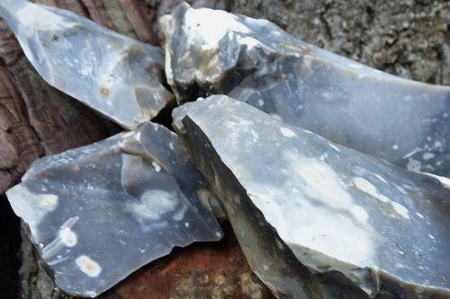 FREE - Bag of Mini Hand knapped English Flint Shards -  Mini Pack of 6