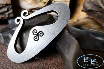 Fire steel mini vking hump with triskele detail and flint by beaver bushcra