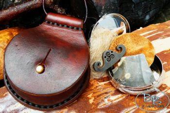 Fire & leather round tinderbox flint &steel striker made by beaver bushcraf