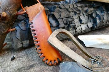 Fire & leather neck sheath hand crafted for elegant R shaped fire steel by