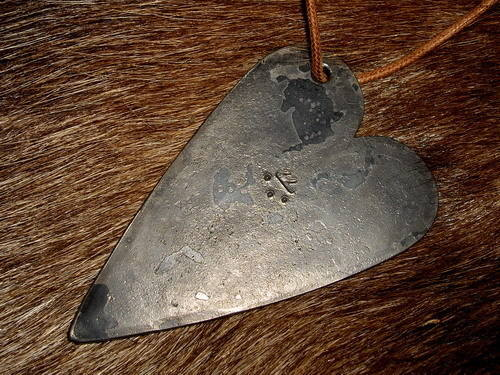 fire-steel-500-Andrew_kirkham_Heart-fire-steel