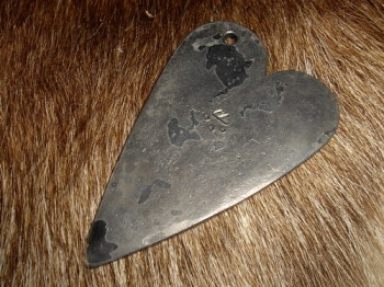 HAND FORGED by Andrew Kirkham - Traditional 'Heart' Fire Steel (85-1020) + Flint