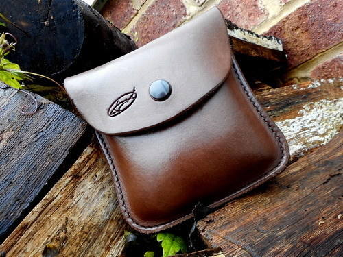 leather-hard pouch b2b 2oz tobacco pouch lportrait press studs
