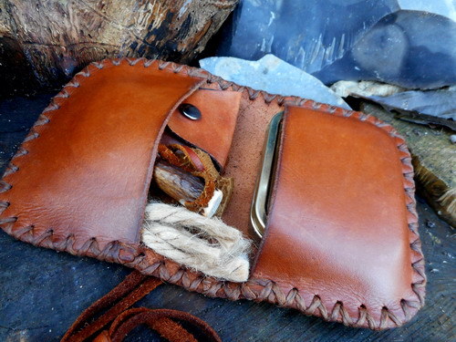leather-hard-pioneers pocket book tinder pouch open with tinder