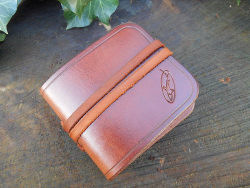 Leather-Amadoe Fly Fising wallets-saddle tan pic
