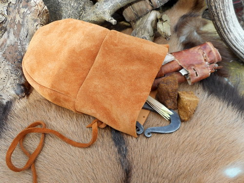 leather-bean bag possibles pouch-suede rusty gold with tinder