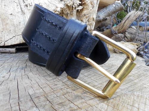 Leather-911 belt closeup showing stitching black