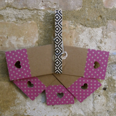 Tags - Pink spotty heart