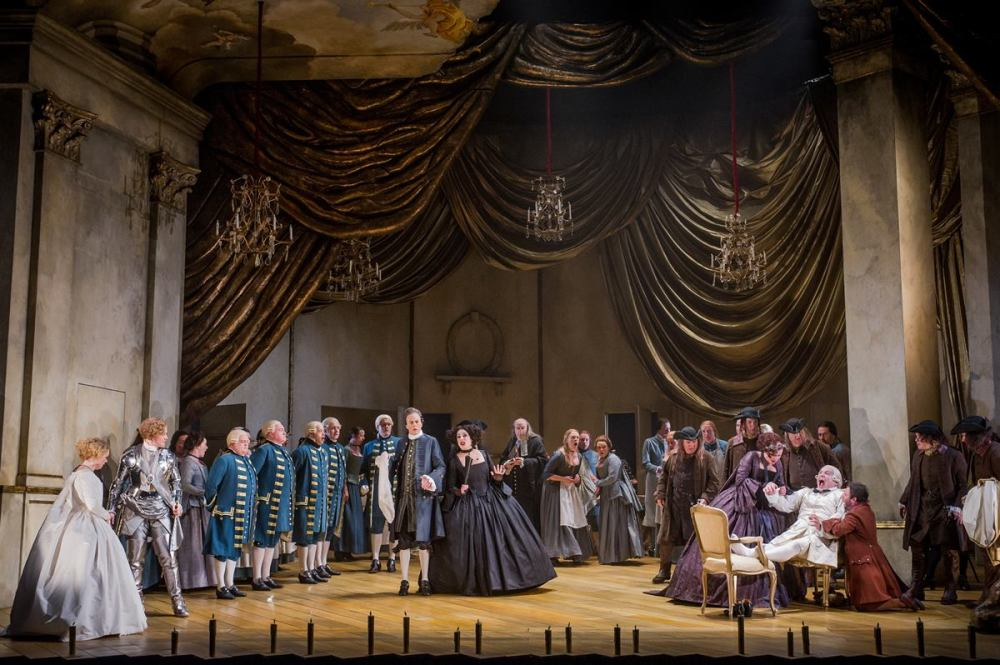 Der Rosenkavalier Opera North. Photo by Robert Workman.