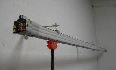 NCL - 100amp 4-pole Enclosed Conductor Bar system