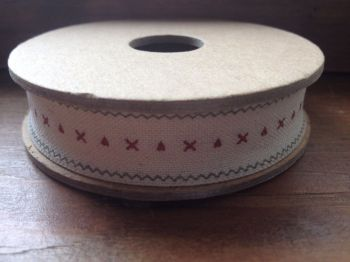 3 Metre East of India Ribbon. Cream With Hearts & Kisses Design