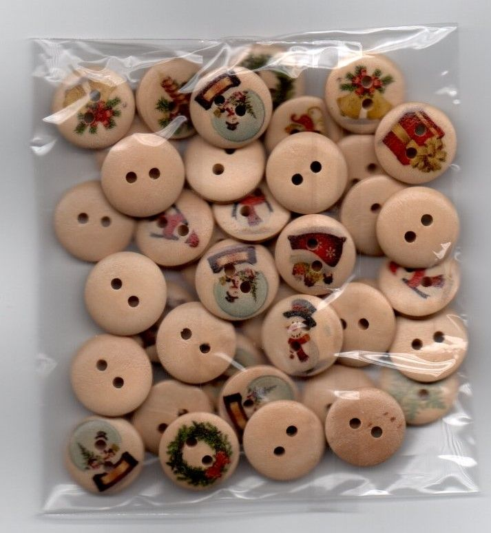Wooden Picture Christmas Buttons