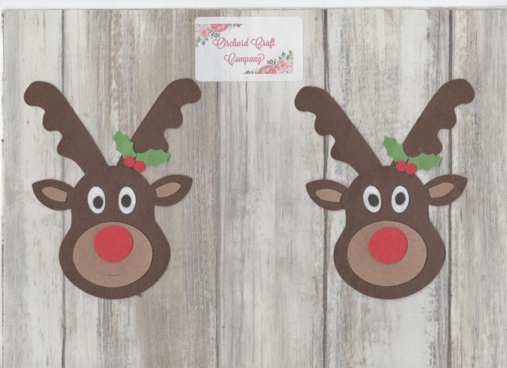 4  Felt Reindeers