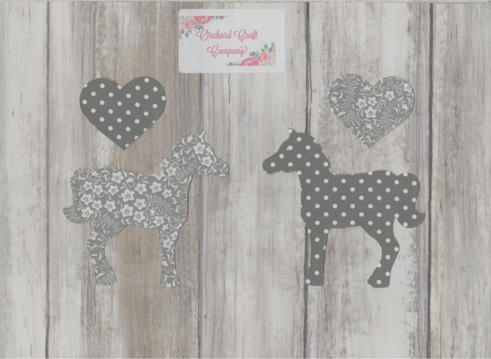 HORSES, PONIES Dotty/Floral