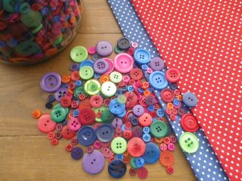 Mixed RAINBOW BRIGHT BUTTONS - 75g