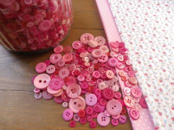 Mixed Pretty in Pink Buttons - 75g