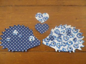 2 iron on Applique HEDGEHOGS with Hearts & Flowers