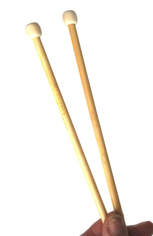 6 -7.5mm bamboo knitting needles 35 cm long
