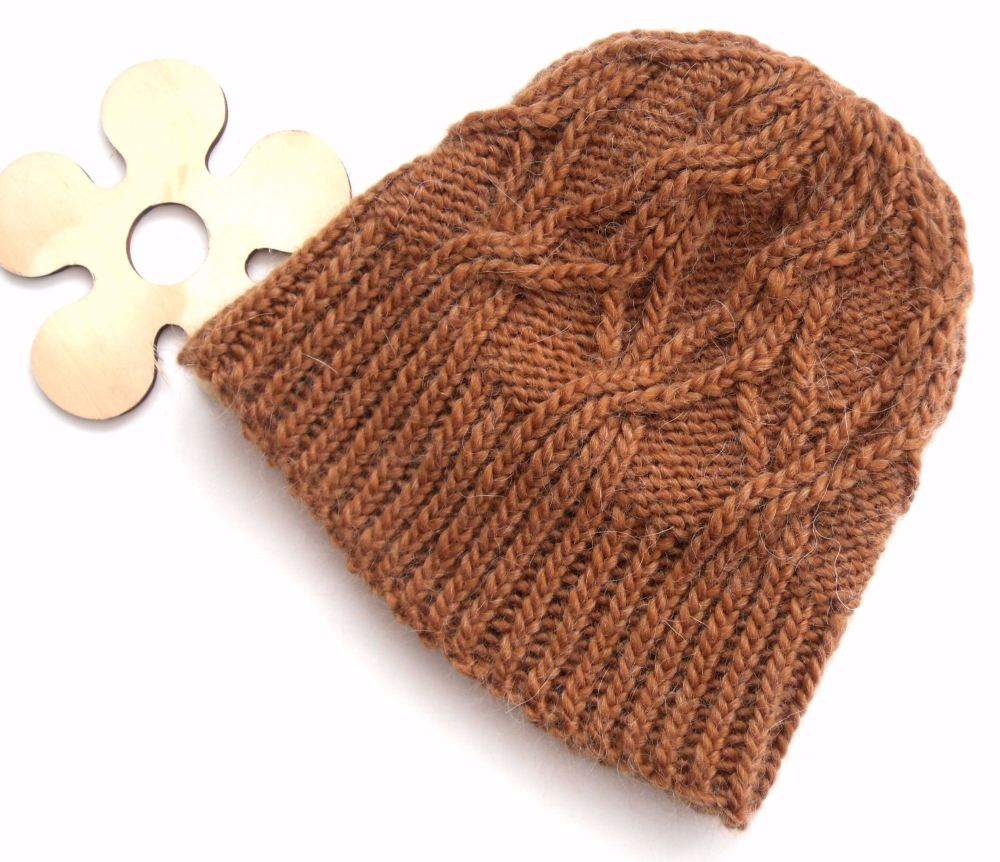 Copper coloured Cable hat