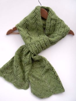 "Green lace scarf 7' 6"" long hand"