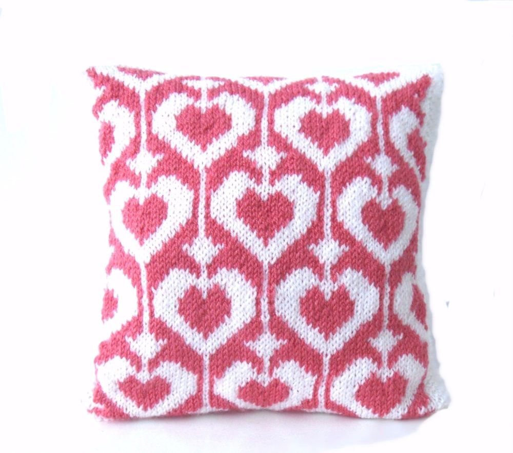Valentine heart cushion 12