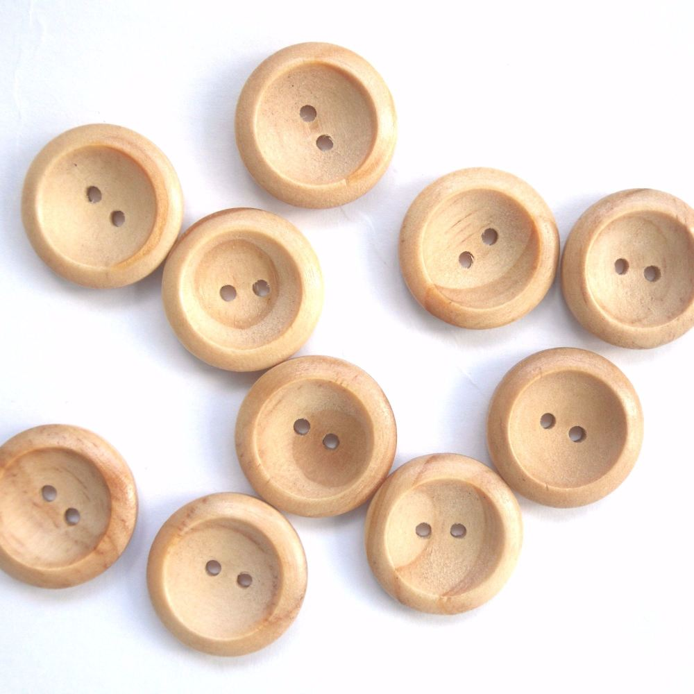 Medium wood buttons