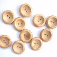 Medium wood buttons
