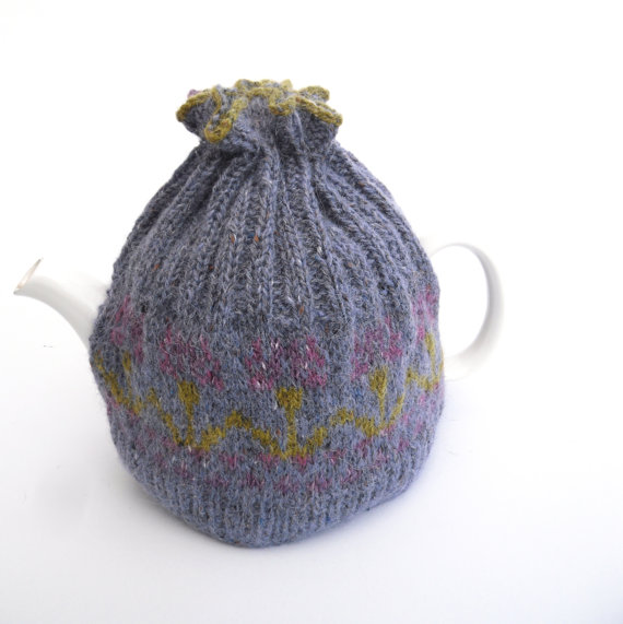 Blue flower Fair isle Tea Pot Cosy for medium size pot