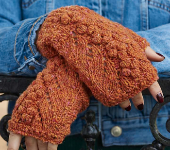 Gingerbread gloves knitting pattern