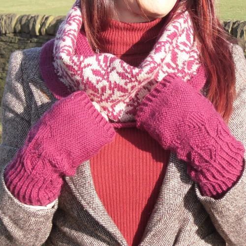 Botanic Buds gloves Pattern