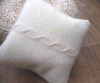 Mohair Cable Cushion 14