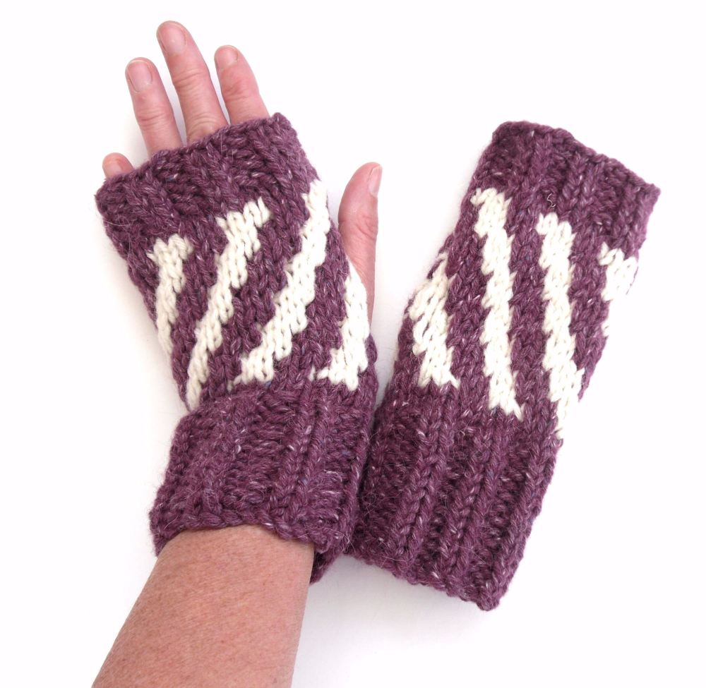 Purple striped fingerless gloves