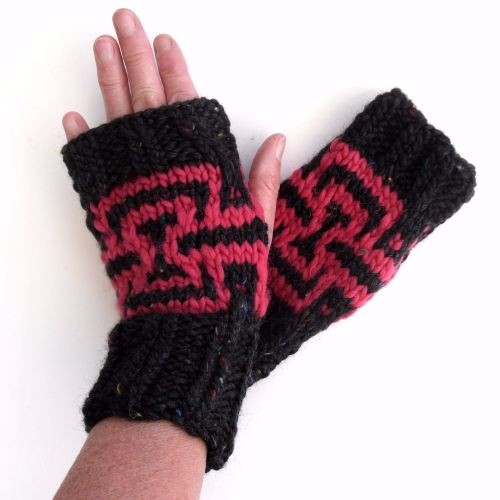 Jazzy fingerless gloves