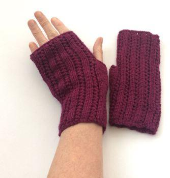 Purple Alpaca / Wool Fingerless gloves