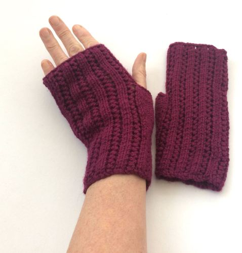 Purple Alpaca / Wool Fingerless gloves