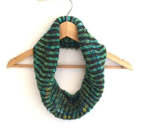Reversible knitted striped cowl