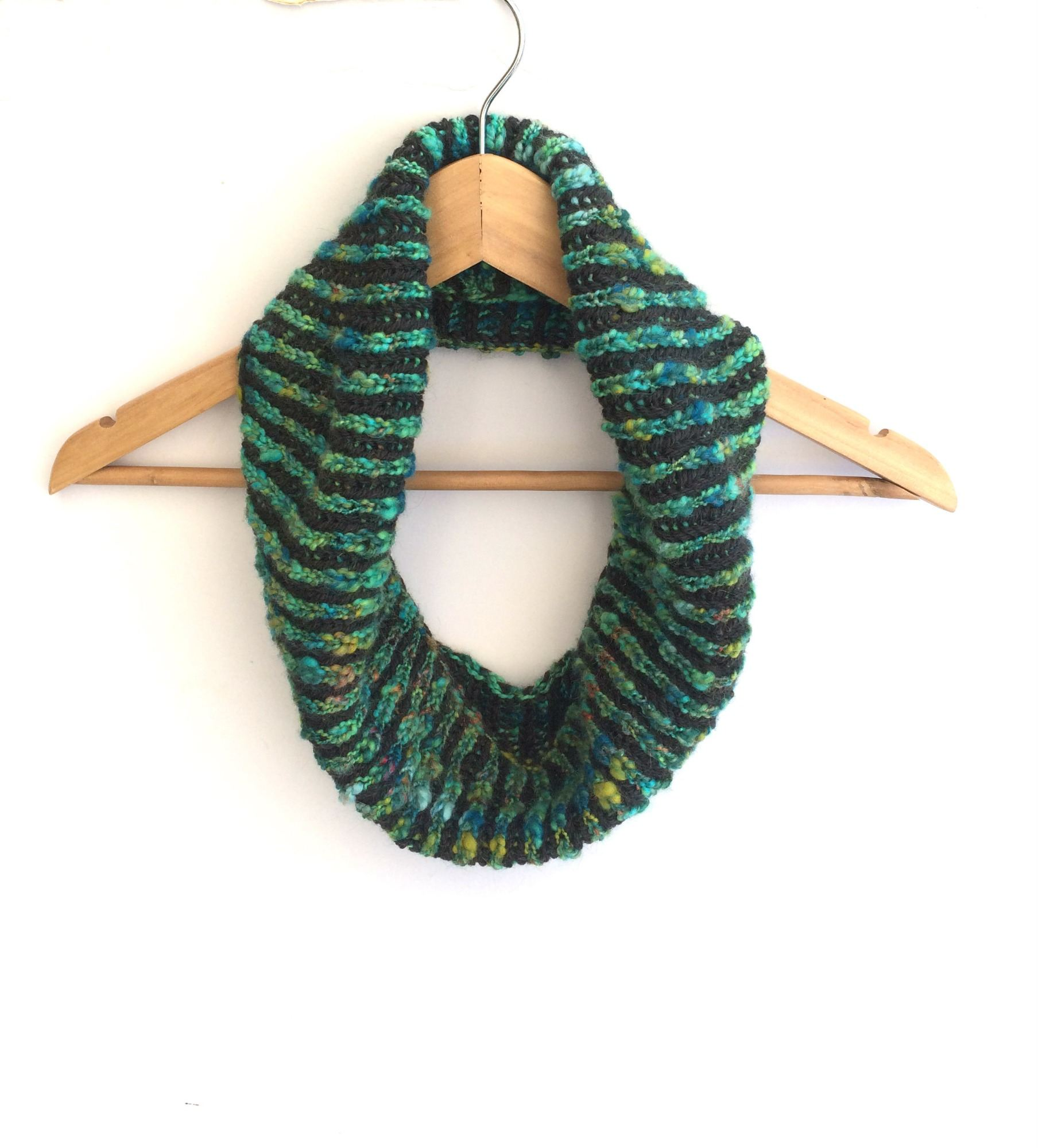 brioche striped cowl