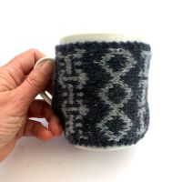 Mens Mug cozy in Grey