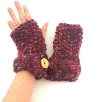 Chunky Moss Stitch Gloves with cable cuff